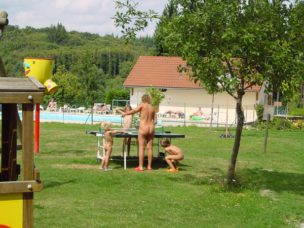 Nude Resorts France 82